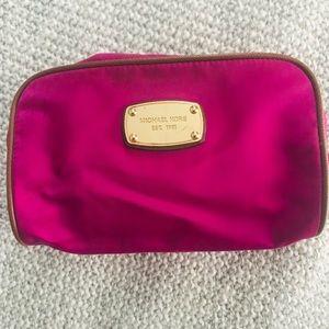 Michael Kors Make Up/Travel Bag